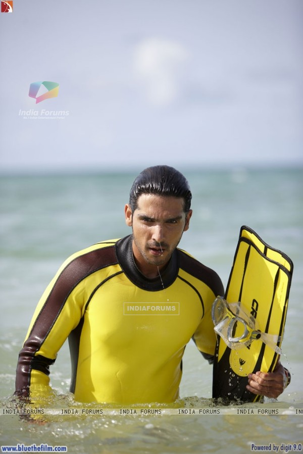 Zayed Khan looking cool