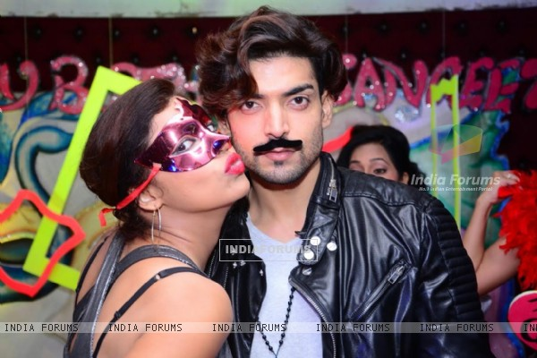 Gurmeet and Debina at Sangeeta Kapure Birthday Bash