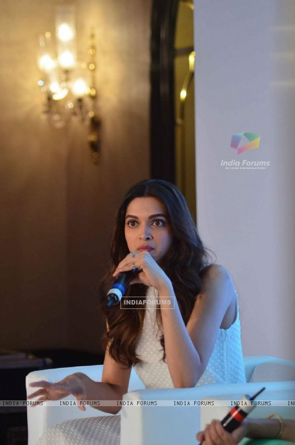Deepika Padukone at Launch of Axis Bank Lime App