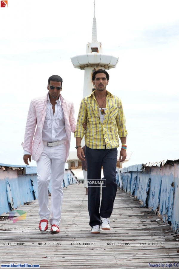 Akshay Kumar with Zayed Khan