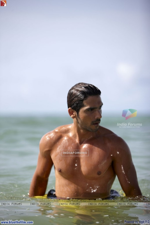 Zayed Khan looking hot