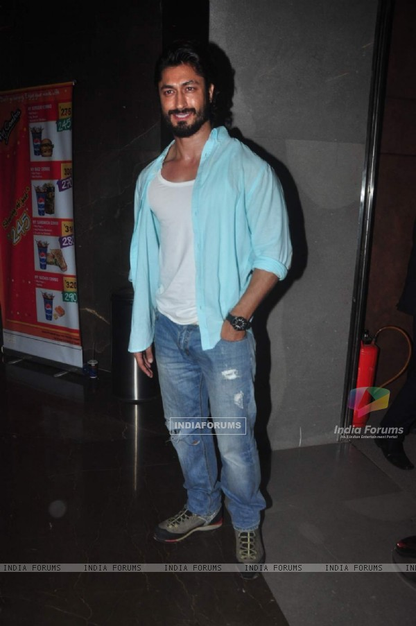 Vidyut Jamwal at Premiere of Meeruthiya Gangsters