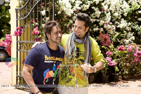 Ajay Devgan and Fardeen Khan
