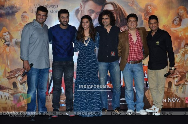 Whole Cast of Tamasha at Trailer Launch