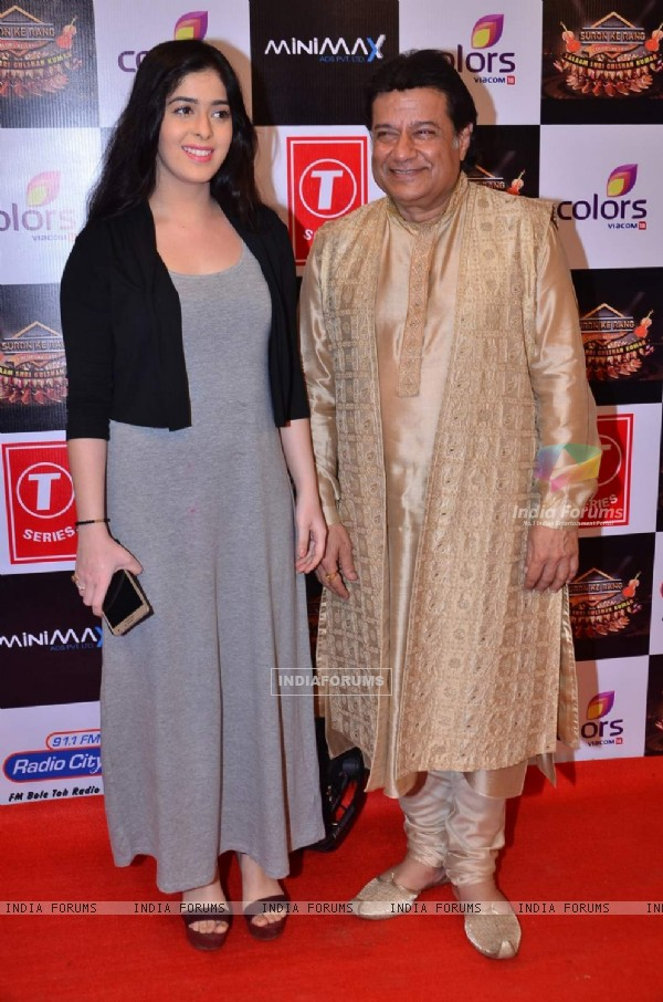 Arun Paudwal With Daughter Kavita Paudwal Pays Tribute to Gulshan Kumar