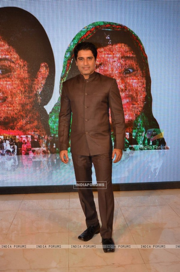 Shakti Anand of Balika Vadhu at Celebration of  Completion of 2000 Episodes