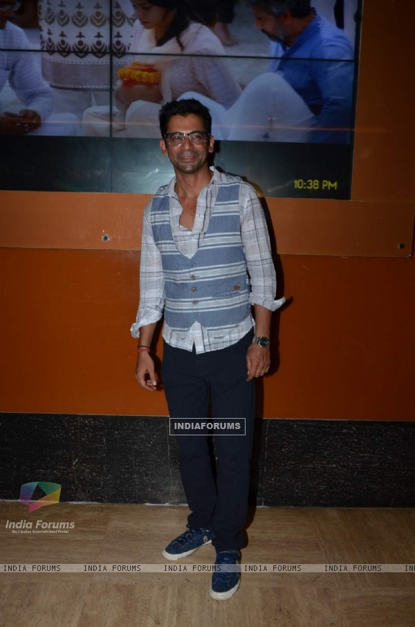 Sunil Grover at Screening of Kis Kisko Pyaar Karoon