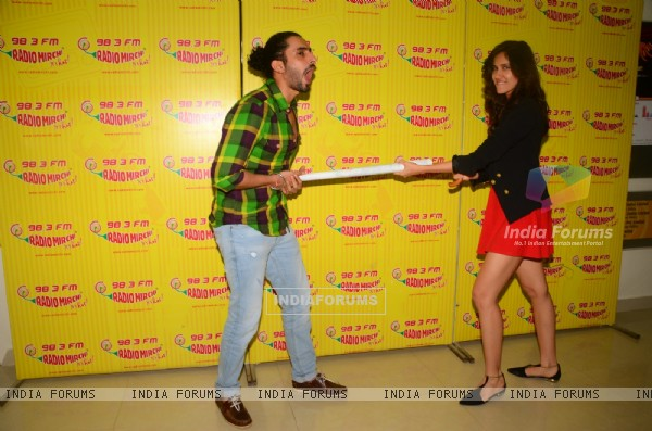 Sonali Sehgal and Sunny Singh Nijjar at the Promotions of Pyaar Ka Punchnama 2 at Radio Mirchi