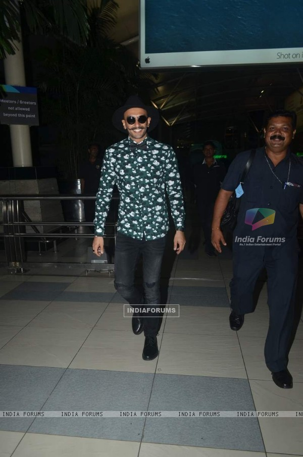 Ranveer Singh snapped at Airport