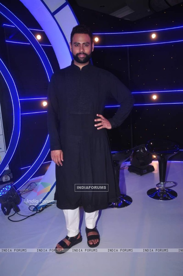 VJ Andy at Launch of Zee TV 'I Can Do That'