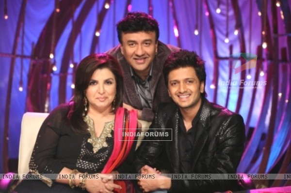 Farah Khan and Anu Malik with Ritesh Deshmukh