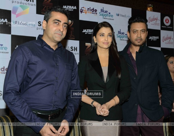 Irrfan Khan and Aishwarya Rai Bachchan at Press Conference and Mobile Launch of Jazbaa