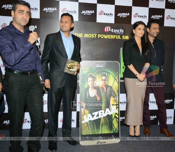Aishwarya Rai Bachchan and Irrfan Khan at Press Conference and Mobile Launch of Jazbaa