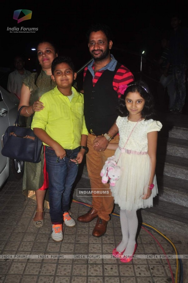 Resul Pookutty With His Family Attends Premiere of Jazbaa