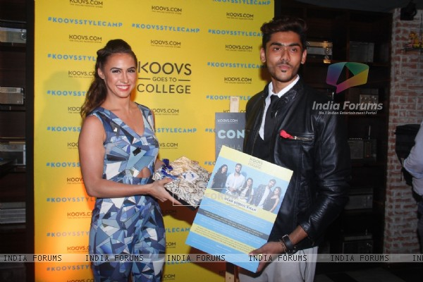 Lauren Gottlieb with Winner of Koovs Goes To College Campaign