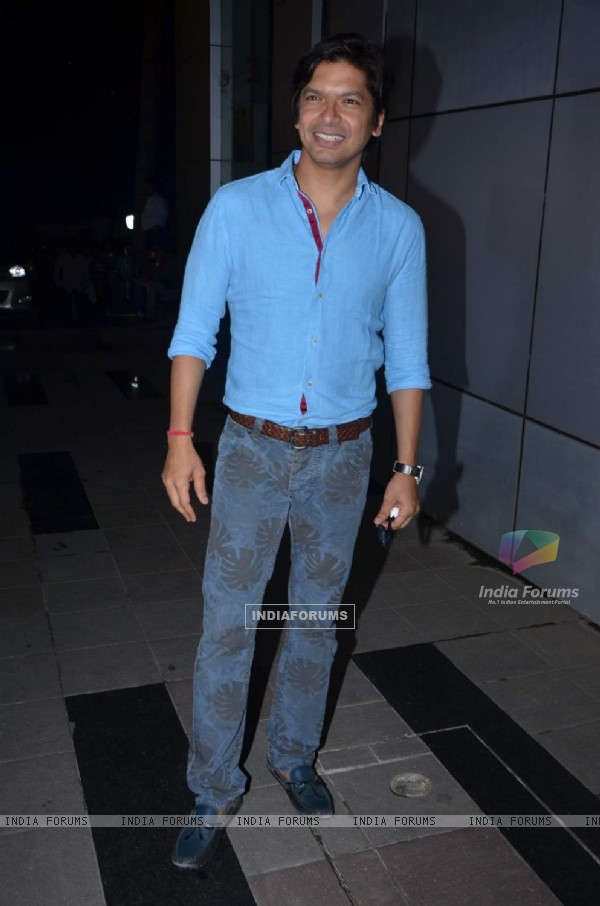Shaan at Omung Kumar's Birthday Bash