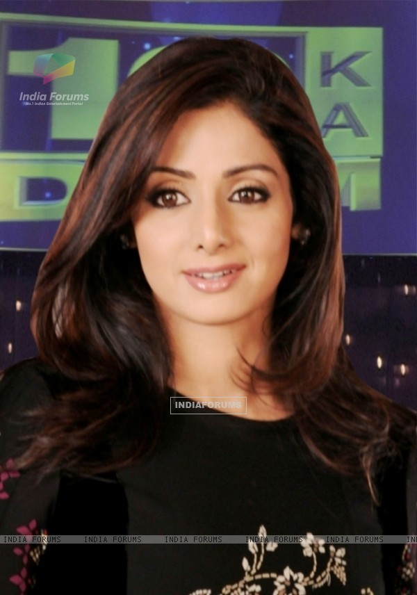 Sridevi in the show 10 Ka Dum