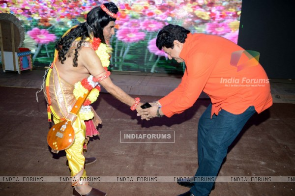 Asrani as Narayan With Gajendra Chauhan at Luv Kush - Ram Leela Rehearsals