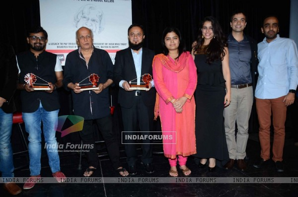 Mahesh Bhat and Poonam Mahajan at 'Tribute to APJ Abdul Kalam' Event