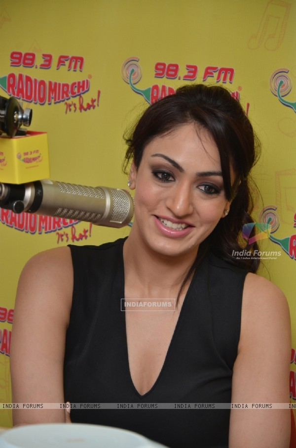 Kushali Kumar for Promotion of 'Mainu Ishq De Lag Gaya Rog' Song at Radio Mirchi