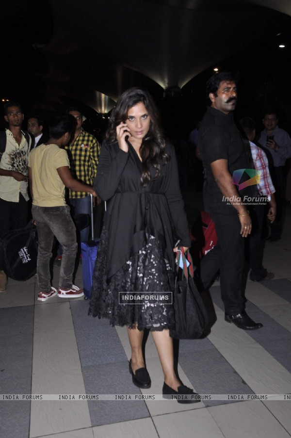 Richa Chadda Snapped at Airport After Promotion of Main Aur Charles