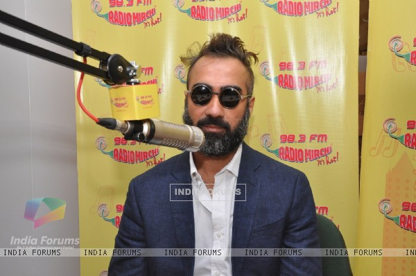 Ranvir horey at Promotions of Titli at Radio Mirchi
