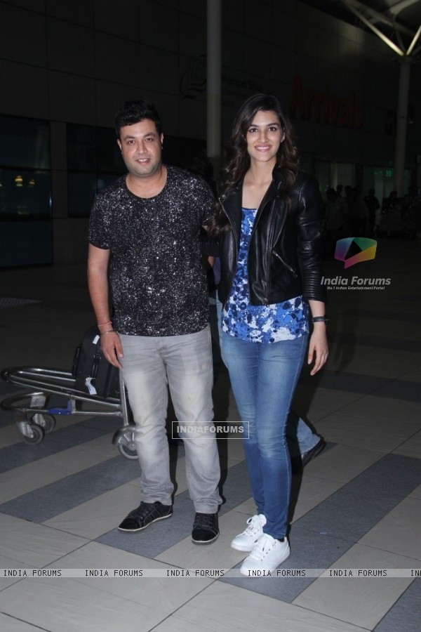 Varun Sharma and Kriti Sanon snapped at Airport