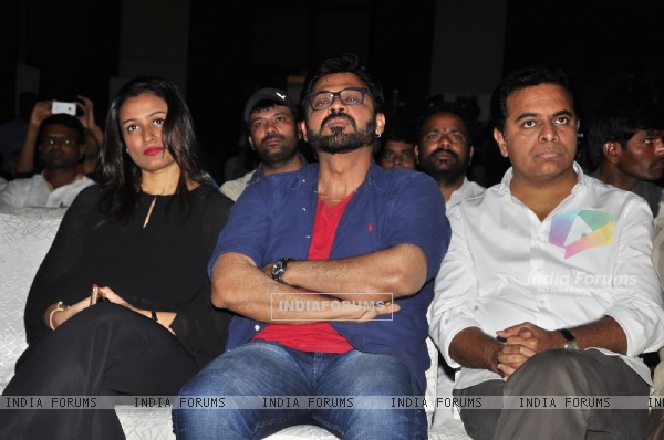 Namrata Shirodar and Daggubati Venkatesh at 'IIFA Utsavam' Press Meet