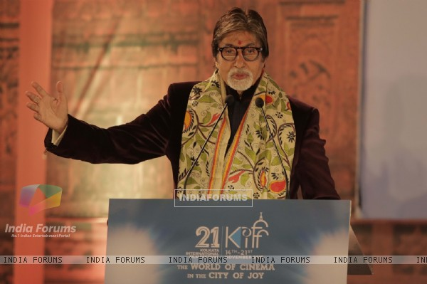 Amitabh Bachchan at Kolkata International Film Festival 2015