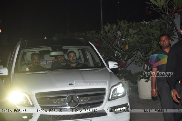 Salman Khan at Sania Mirza's Birthday Bash