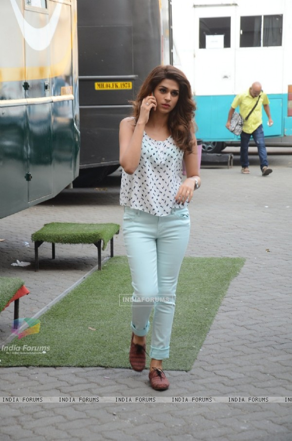 Shraddha Das Snapped at Mehboob Studio!