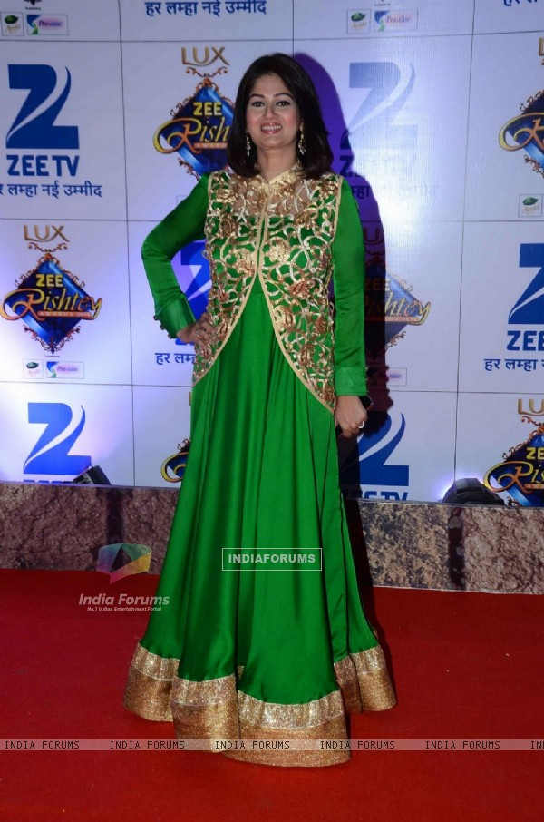 Resham Seth at Zee Rishtey Awards 2015