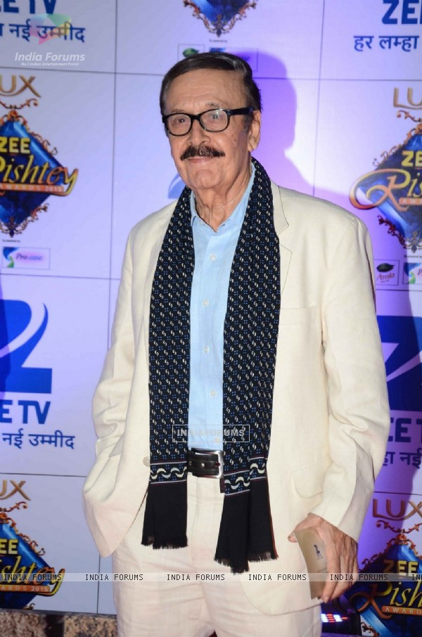 Parikshit Sahini at Zee Rishtey Awards 2015
