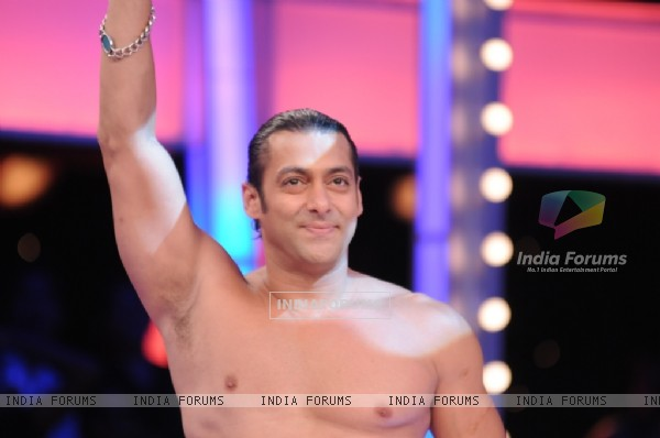 Salman Khan looking hot