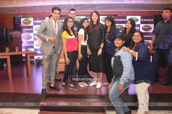 Anushka Sharma at a BRU Gold Event with Winners of Dil Dhadakne Do Contest