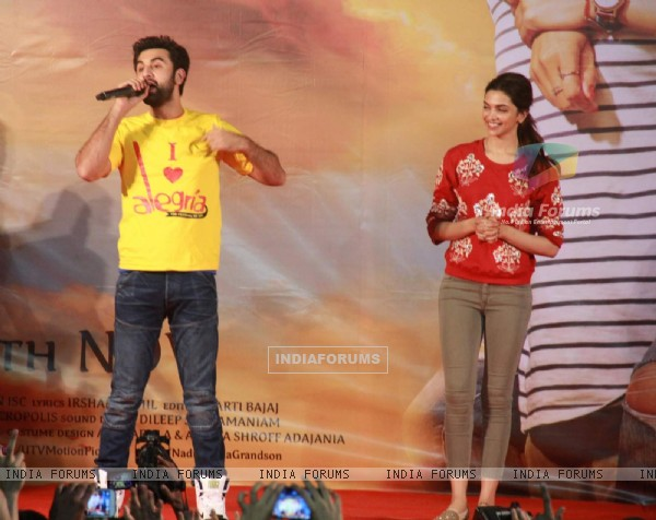 Ranbir Kapoor and Deepika Padukone at Promotions of Tamasha at Panvel
