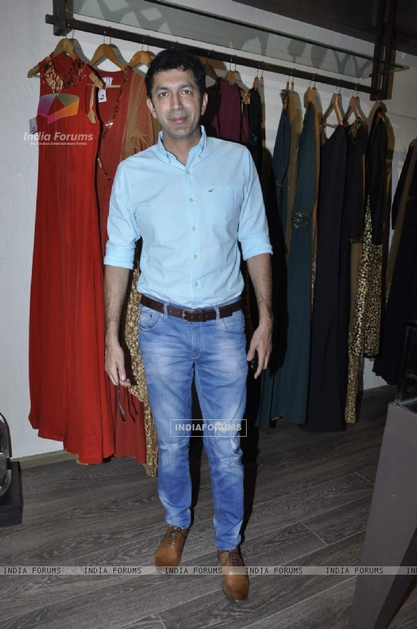 Kunal Kohli at Launch of New Collection by 'Atosa Fashion'