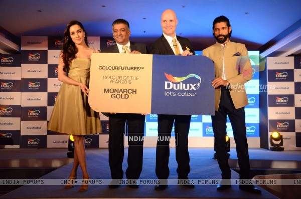 Farhan Akhtar and Shraddha Kapoor at The Launch of Dulux's Colour of The Year