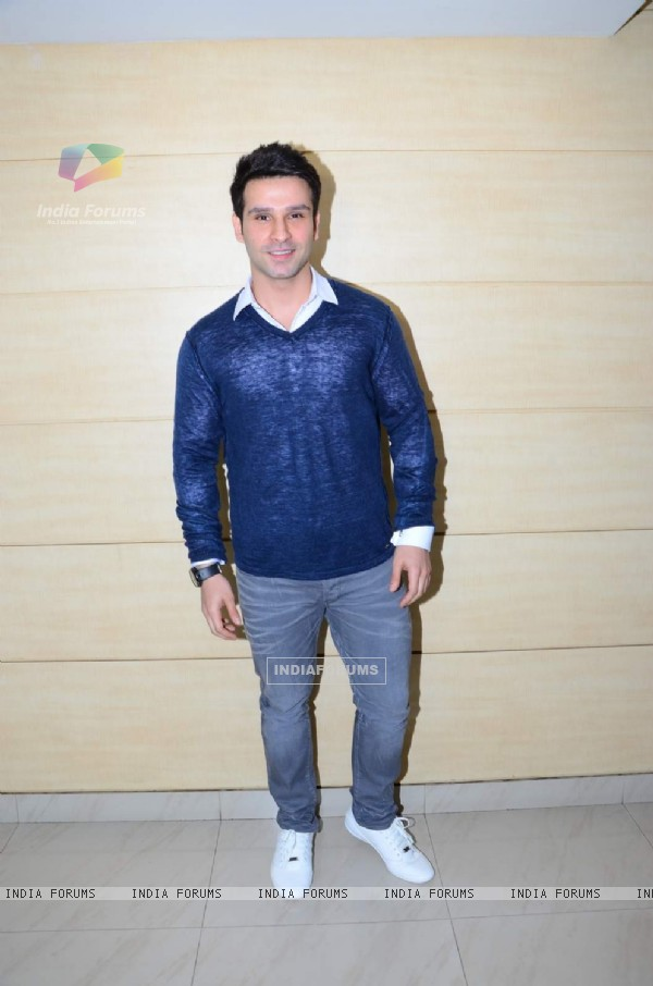 Girish Kumar at Launch of Teaser Trailer of 'Loveshhuda'