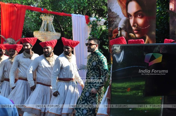 Rnveer Singh performing at Promotions of 'Bajirao Mastani' on 'Swaragini'