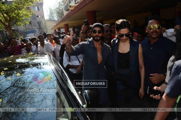 Ranveer Singh and Deepika Padukone Arrives at Red FM Studio for Promotions of Bajirao Mastani