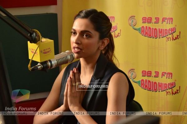Deepika Padukone goes live on Radio Mirchi for Promotions of Bajirao Mastani