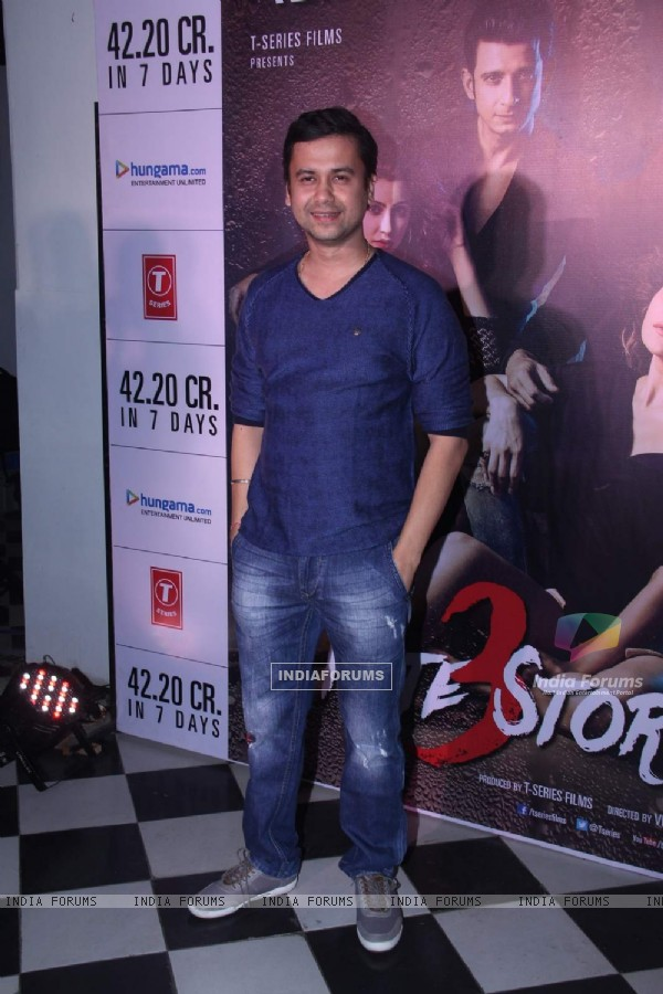 Vishal Pandya poses for the media at the Success Bash of Hate Story 3