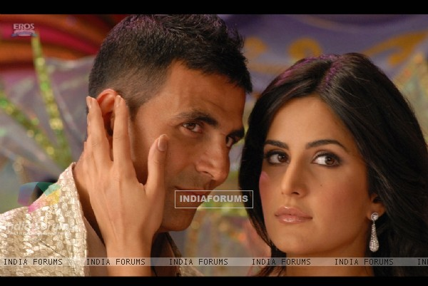 Still image of Akshay Kumar and Katrina Kaif