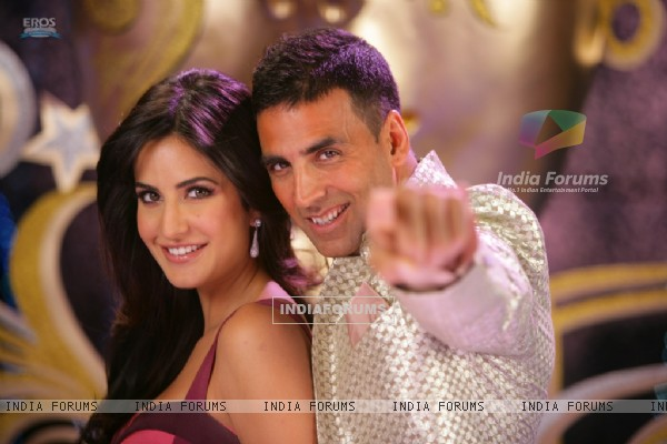 Akshay Kumar and Katrina Kaif looking gorgeous (38748)