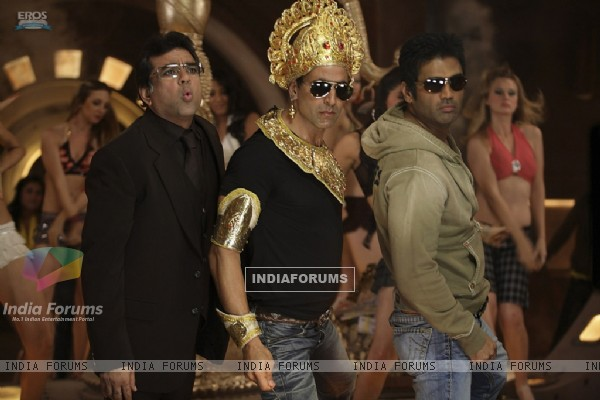 Still image of Akshay Kumar, Paresh Rawal and Sunil Shetty (38749)