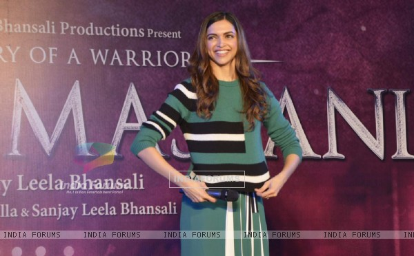 Pretty Deepika Padukone at Promotions of Bajirao Mastani at Gurgaon