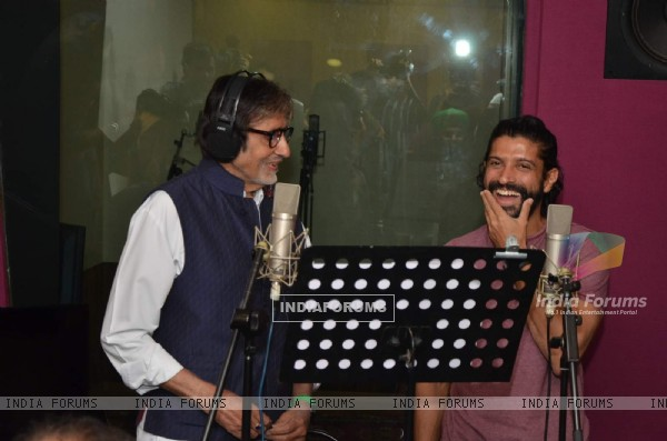 Farhan Akhtar and Amitabh Bachchan Records for Wazir
