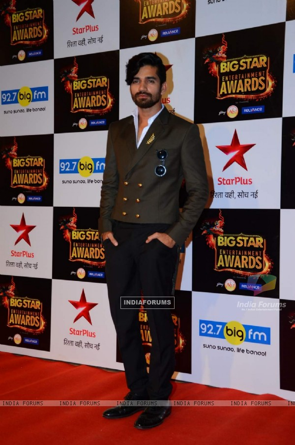 Vishal Singh at Big Star Entertainment Awards