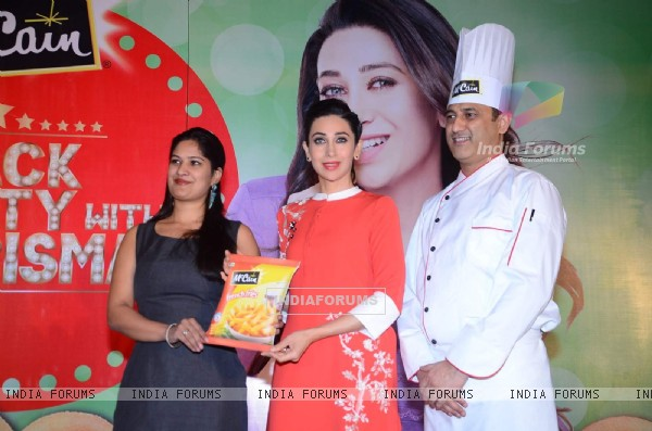 Bollywood Actress Karisma Kapoor at the Promotional Event of McCain Food Products